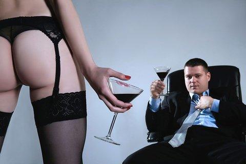 Почему мужчины обращаются к проституткам